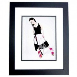 Real Deal Memorabilia ALee8x10-2BF 8 x 10 in. Amy Lee Autographed Evanescene Singer Photo, Black Custom Frame